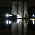 water bij nacht